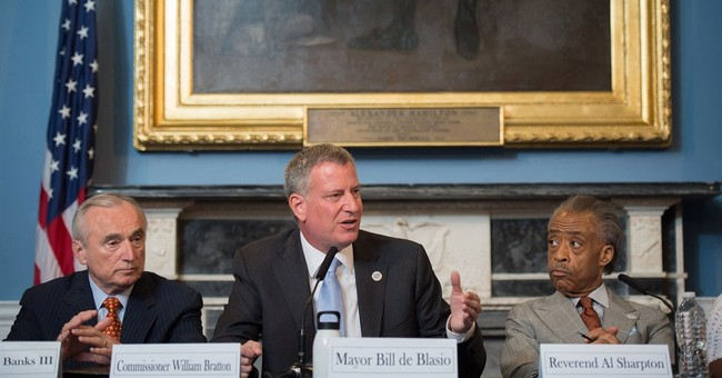 How can NYC Mayor Bill de Blasio heal rift with police?